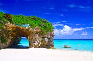 真夏の宮古島。砂山ビーチの写真素材 [FYI01175944]