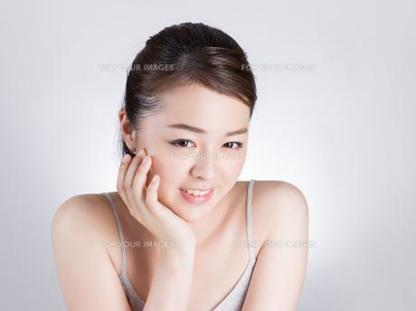 女性ビューティーイメージの写真素材 [FYI01176387]