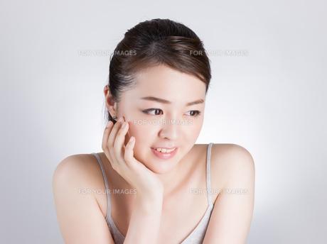 女性ビューティーイメージの写真素材 [FYI01176389]