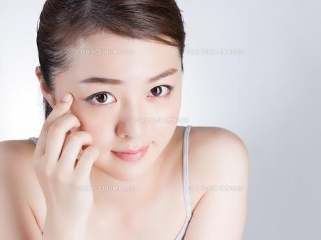 女性ビューティーイメージの写真素材 [FYI01176395]