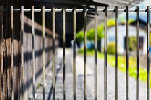 背景 柵 フェンス の写真素材 [FYI01178034]