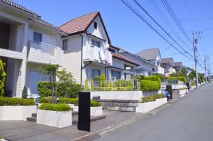 郊外の住宅街の写真素材 [FYI01178163]