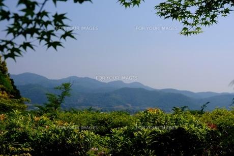 京都の周りを囲む山々の写真素材 [FYI01178581]