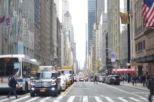 ニューヨークの交差点の写真素材 [FYI01179584]