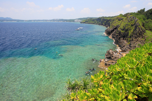 真栄田岬 沖縄本島の写真素材 [FYI01179935]