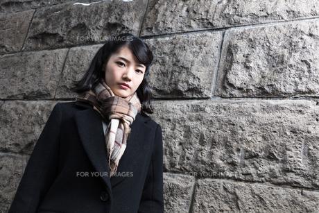 女性ファッションイメージの写真素材 [FYI01180533]