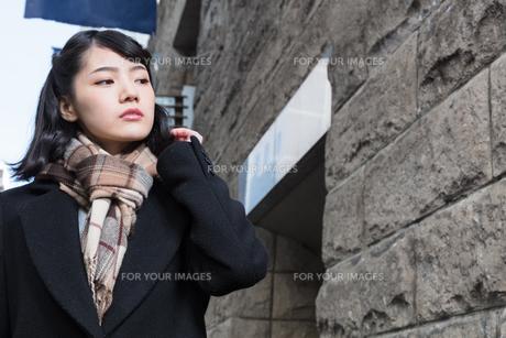 女性ファッションイメージの写真素材 [FYI01180538]