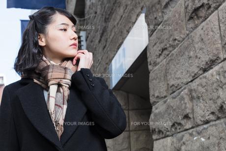 女性ファッションイメージの写真素材 [FYI01180539]