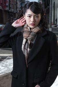 女性ファッションイメージの写真素材 [FYI01180554]