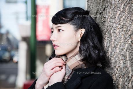 女性ファッションイメージの写真素材 [FYI01180560]