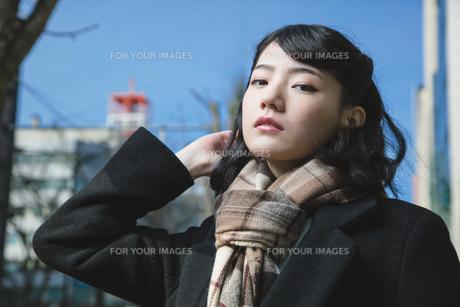 女性ファッションイメージの写真素材 [FYI01180563]