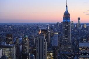 ニューヨーク街 夕景の写真素材 [FYI01181891]