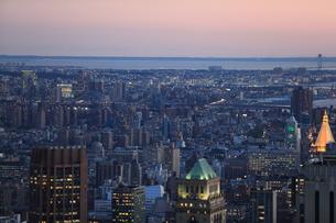 ニューヨーク街 夕景の写真素材 [FYI01181892]