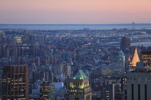 ニューヨーク街 夕景の写真素材 [FYI01181894]