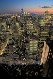 ニューヨーク街 夕景の写真素材 [FYI01181904]