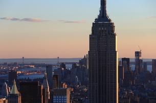 ニューヨーク街 夕景の写真素材 [FYI01181911]