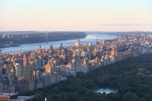 ニューヨーク街 夕景の写真素材 [FYI01181912]