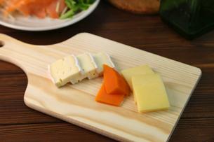 チーズ盛り合せの写真素材 [FYI01182143]
