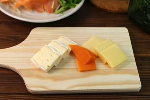チーズ盛り合せの写真素材 [FYI01182145]