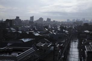 雨上がりの町の写真素材 [FYI01182704]