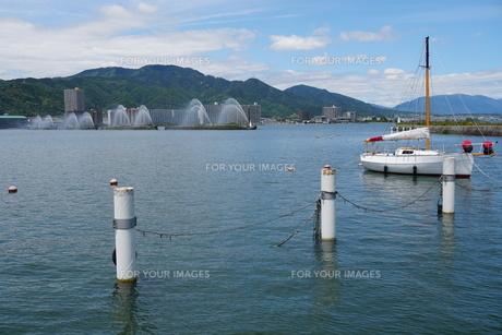 琵琶湖大津港の写真素材 [FYI01183261]