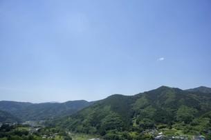 初夏の山岳風景の写真素材 [FYI01183728]