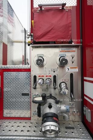 消防ポンプ車 放口の写真素材 [FYI01184158]
