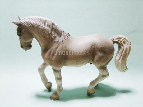 白馬の置き物の写真素材 [FYI01184253]