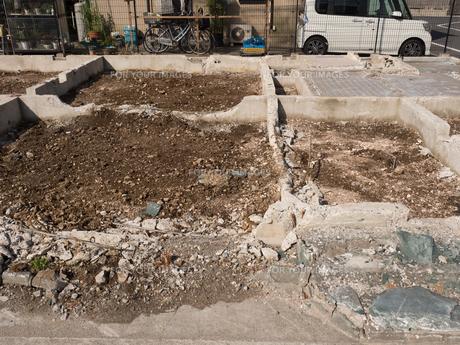 住宅街の再開発工事の写真素材 [FYI01184568]