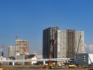 高層ビルの建設現場の写真素材 [FYI01185050]