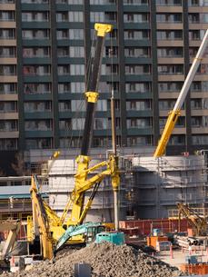 高層ビルの建設現場の写真素材 [FYI01185051]