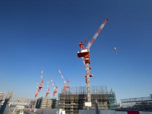 高層ビルの建設現場の写真素材 [FYI01185055]