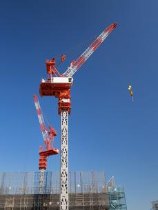 高層ビルの建設現場の写真素材 [FYI01185061]
