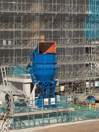 高層ビルの建設現場の写真素材 [FYI01185064]