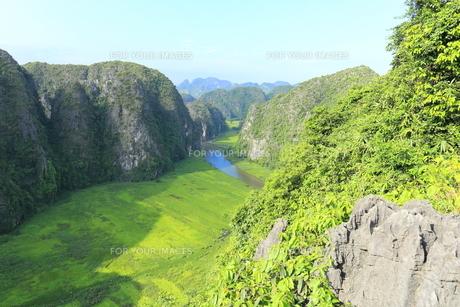 タムコックの景観 ハンムア、ベトナムの写真素材 [FYI01185542]