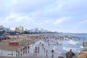 サムソンビーチ、タインホア、ベトナムの写真素材 [FYI01185572]
