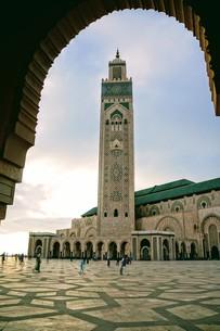 ハッサン2世モスクの写真素材 [FYI01186165]