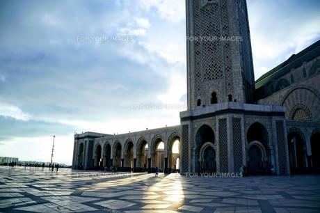 ハッサン2世モスクの写真素材 [FYI01186191]