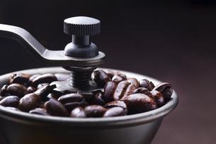 珈琲、コーヒー豆の写真素材 [FYI01186221]