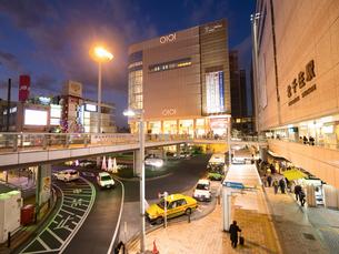 東京,北千住駅前の写真素材 [FYI01186272]