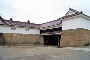 会津若松の町並み(会津鶴ヶ城)の写真素材 [FYI01187125]