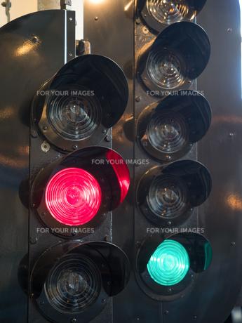 鉄道の信号の写真素材 [FYI01187931]