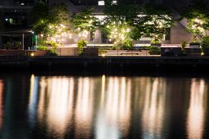 東京湾岸 運河の夜景 品川の写真素材 [FYI01188256]