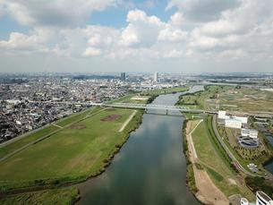 市川市の江戸川上空からの空撮の写真素材 [FYI01188882]