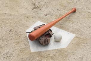 草野球イメージの写真素材 [FYI01189294]