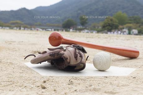 草野球イメージの写真素材 [FYI01189297]