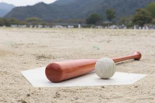 草野球イメージの写真素材 [FYI01189300]