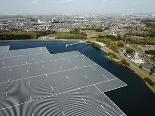 山倉ダムの水上発電の写真素材 [FYI01189415]