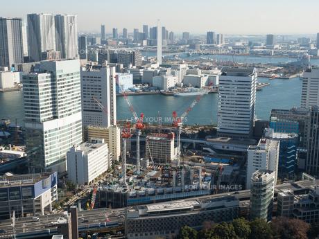 高層ビルの建設現場の写真素材 [FYI01190110]