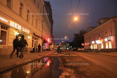 モスクワのウーリシャ・ピャトニツカヤ通りの店の写真素材 [FYI01190216]